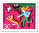 Briefmarke: Mädchen schützt Vogelnest vor Katze