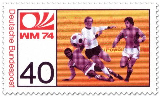 Briefmarke: Fussball: Stürmer schießt Ball (WM 1974)