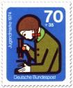 Briefmarke: Mädchen Mikroskop Jugend Forscht