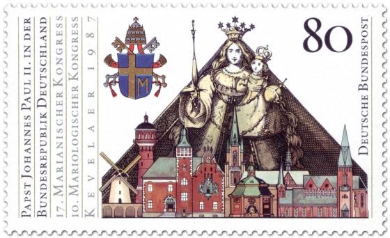 Briefmarke: Madonna, Stadt Kevelär und Papstwappen