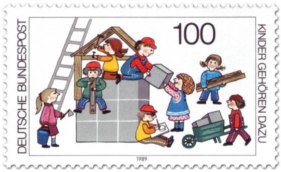 kinderspiel ein haus bauen briefmarke 1989. Black Bedroom Furniture Sets. Home Design Ideas